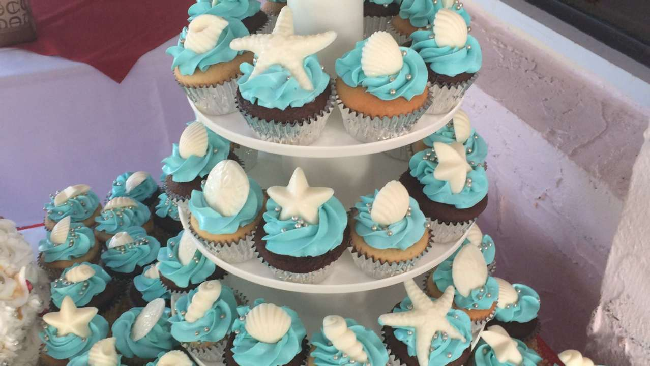 Cupcakes by Sweet Dreams Cakes
